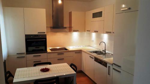kuhinje kvk stolarija namjestaj slavonski brod  (4)