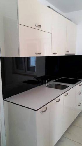 kuhinje kvk stolarija namjestaj slavonski brod  (5)